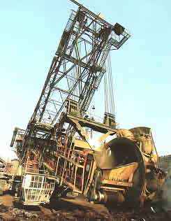 Tagebau-Bagger