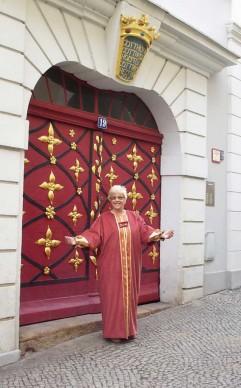 Stadtführerin Frau Hübler als Kaufmannsfrau