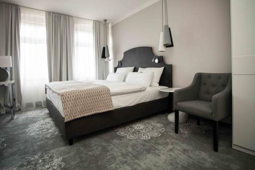 doppelzimmer best western hotel via regia g rlitz. Black Bedroom Furniture Sets. Home Design Ideas