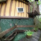 Balkon - Kulturinsel Einsiedel - Baumhaushotel: Baba-Doros Kräuterkate