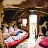 Schlafbereich - Kulturinsel Einsiedel - Baumhaushotel: Judkas Trollfamilienhaus
