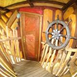 Eingangsbereich - Kulturinsel Einsiedel - Baumhaushotel: Thor-Alfons Astpalast