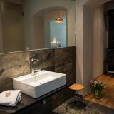Badezimmer - Emmerich Hotel