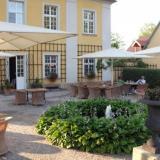 Außenbreich Restaurant - Schloss Lomnitz in Jelenia Gora (Polen)