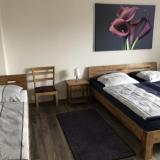 Schlafzimmer 1 - Ferienwohnung An der weißen Mauer - Wohnung 2